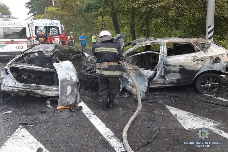 ДТП в Киеве: погибла семья из трех человек - 2 - изображение