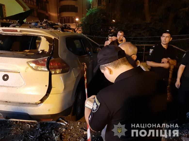 Полиция озвучила возможную причину взрыва в Киеве - 2 - изображение