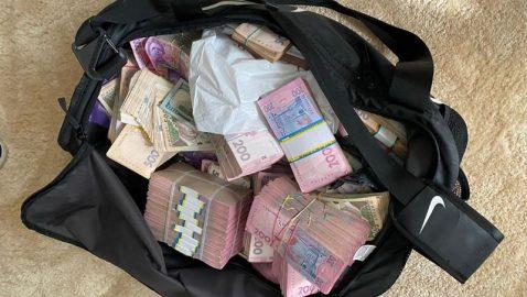 Глава Кировоградской ОГА задержан на взятке в 1,8 млн грн