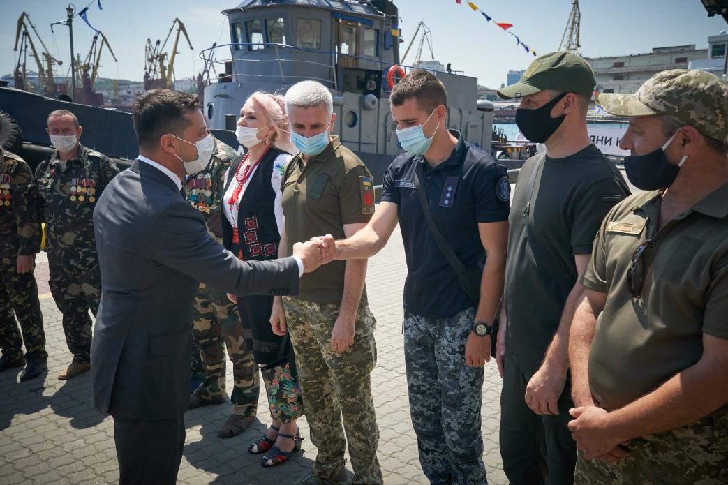 Зеленский почувствовал себя униженным из-за проблем ветеранов-0