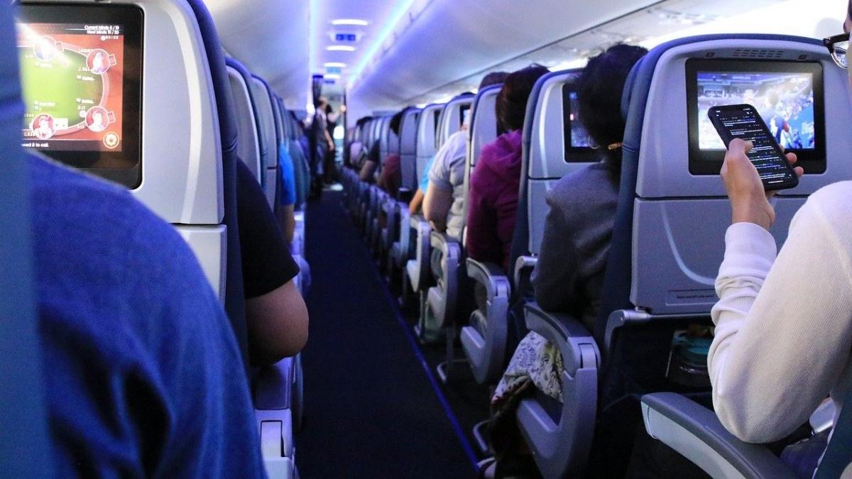 Два украинца подрались на борту самолёта в Краков