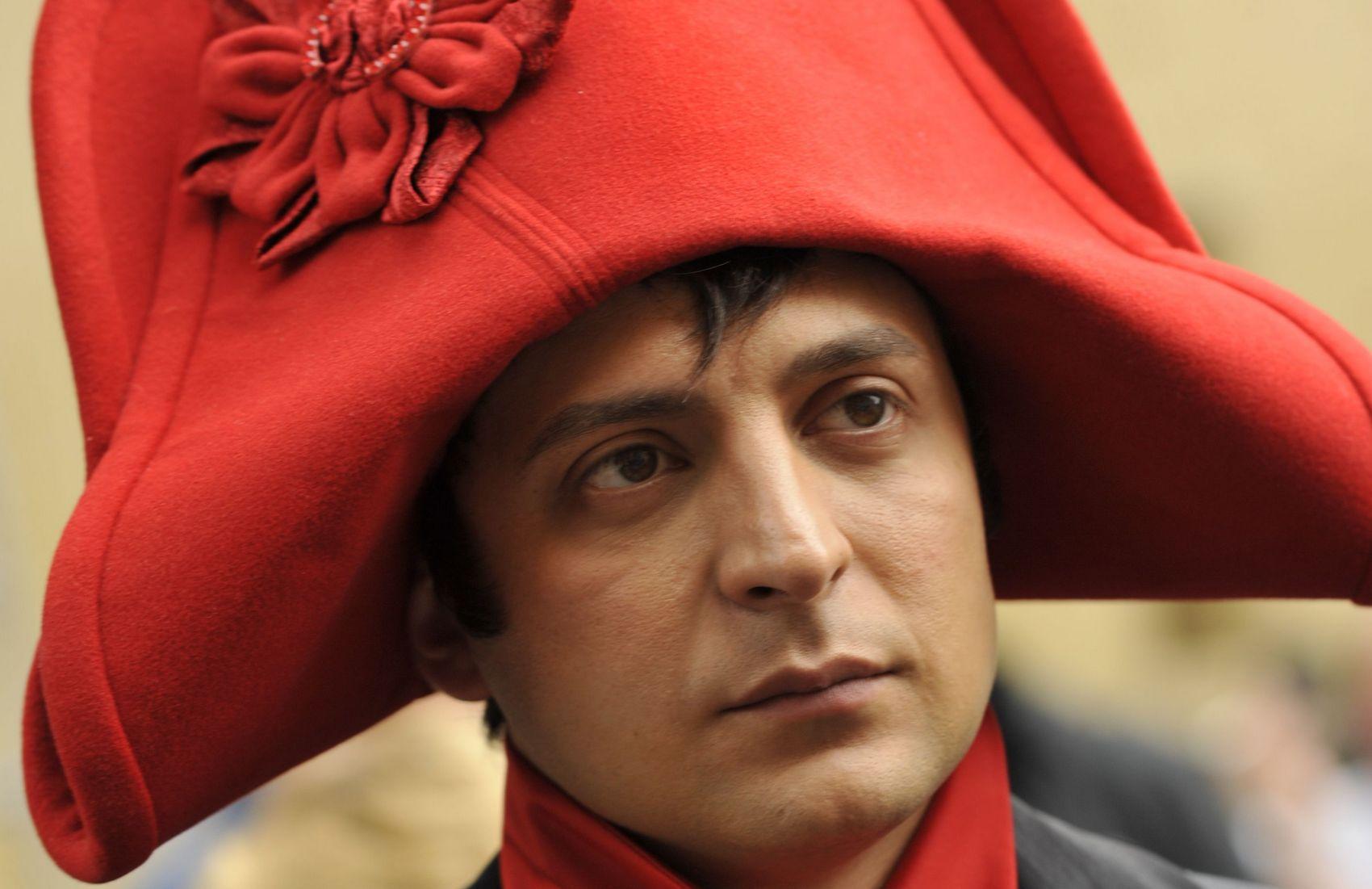 От рубахи-парня до мелкого диктатора: как офшорный скандал окончательно похоронил имидж Зеленского